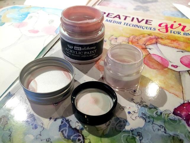 Art Alchemy Acrylic Paint Prima vs SILKS Luminarte 5