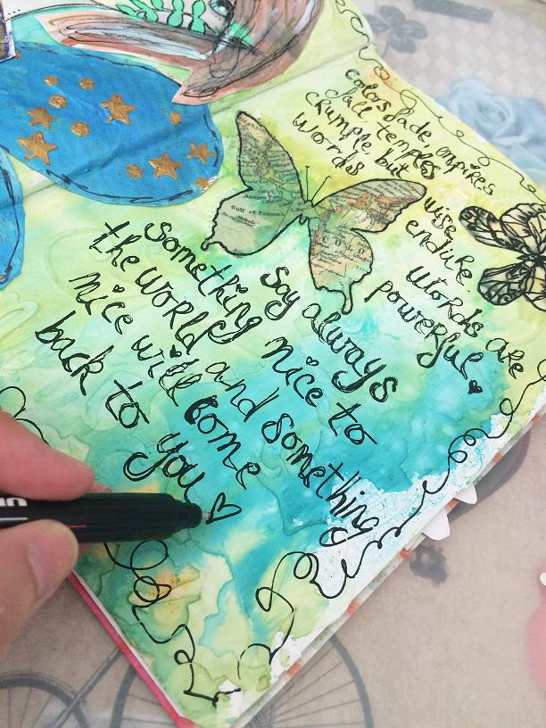tutorial inspiración Karen O'Brien - página mixedmedia artjournal 11